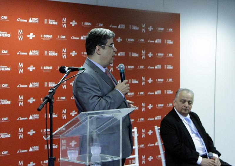 Coletiva de imprensa da 21ª edição do Minas Trend com o presidente da FIEMG, Olavo Machado Junior (direita), e o diretor-presidente da Codemig, Marco Antônio Castello Branco (Foto: Henrique Fonseca)