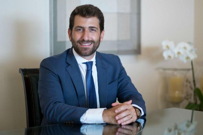 Bruno Heleno começou a sua carreira estagiando na área de governança (Foto: Divulgação)