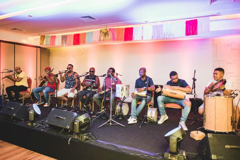 Banda Caras do Brasil toca nos sábados de carnaval do Rio Othon há quatro anos (Foto: Alexandre C Woloch)