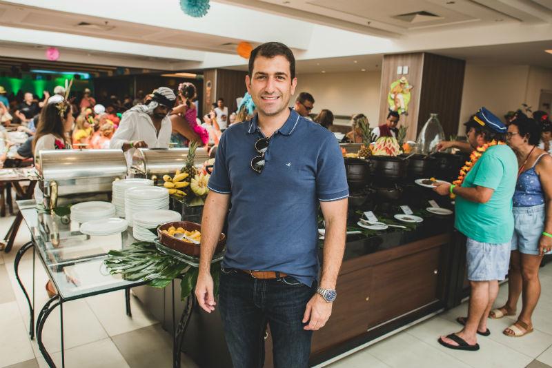 Bruno Heleno é o diretor de marketing da Rede Othon e um dos responsáveis pelo sucesso desta festa carnavalesca (Foto: Alexandre C Woloch)
