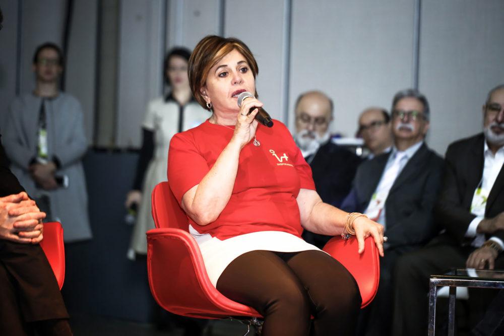 Ilse Guimarães e os parceiros da Assintecal durante palestra no Inspiramais