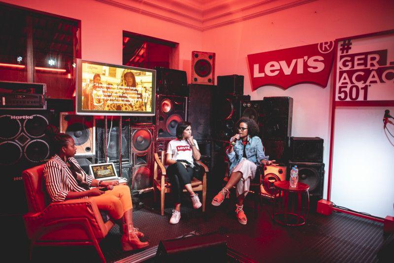 Luana Génot, Helena Gusmão e Luana Cooper apresentaram as suas respectivas empresas e ideias (Foto: @bleia - I Hate Flash)