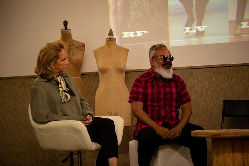 Durante palestra, Lenny Niemeyer contou suas experiências no universo da moda (Foto: Rafael Aguiar)