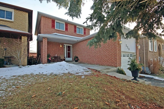 3BR Home for Sale on 225 Colborne Street, Bradford