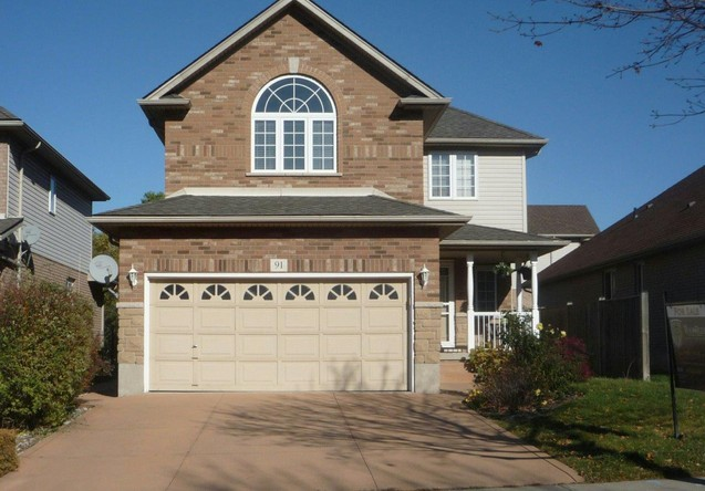 4BR Home for Sale on 91 Udell Way, Grimsby