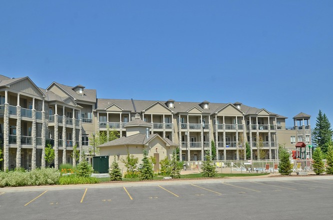 2BR Home for Sale on 764 River Road East #212, Wasaga Beach