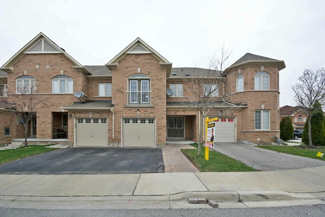 4BR Home for Sale on 3 Deckman Street, Brampton