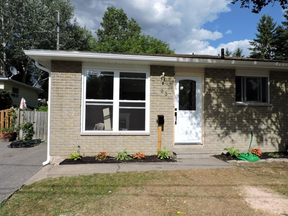 3BR Home for Sale on 93 Katherine Street, Collingwood