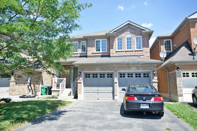 3BR Home for Sale on 23 Ferncroft Pl, Brampton