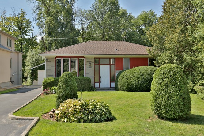 2BR Home for Sale on 1372 Acton Crescent, Oakville