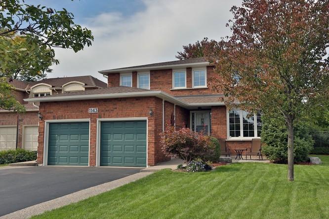 4BR Home for Sale on 1143 Chapelton Place, Oakville