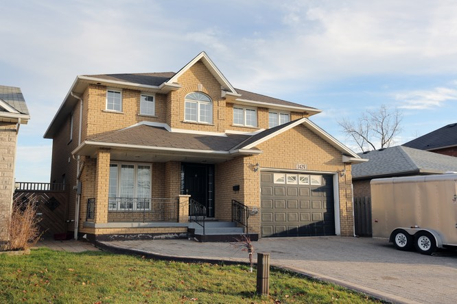 3BR Home for Sale on 1429 Upper Sherman Avenue East, Hamilton