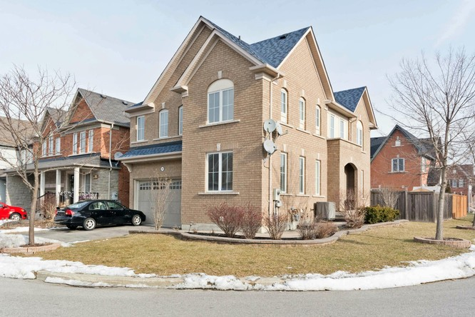 4BR Home for Sale on 59 Ryder Crescent, Ajax