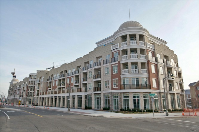 1BR Condo for Sale on 216 Oak Park Boulevard, Oakville