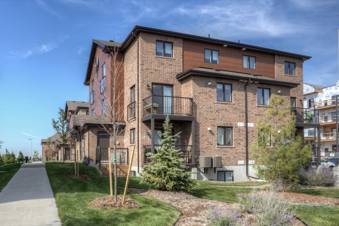 3BR Condo for Sale on 27 Madelaine Drive #3, Barrie