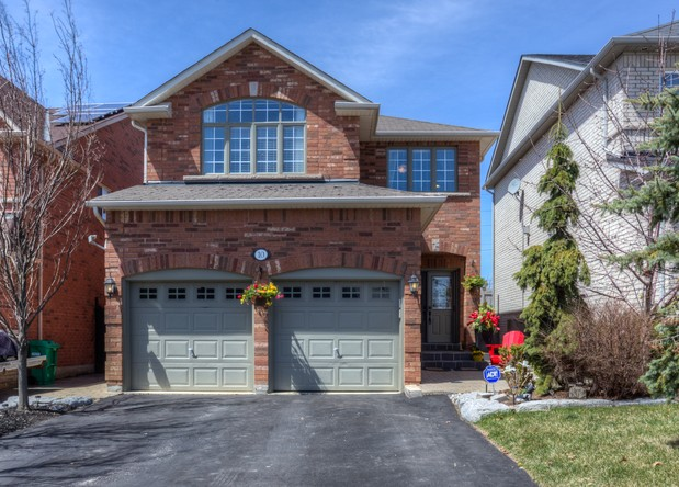 3BR Home for Sale on 10 Gray Park Drive, Bolton