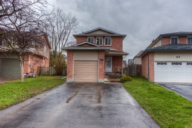 3BR Home for Sale on 59 Daniele Avenue North, Beeton