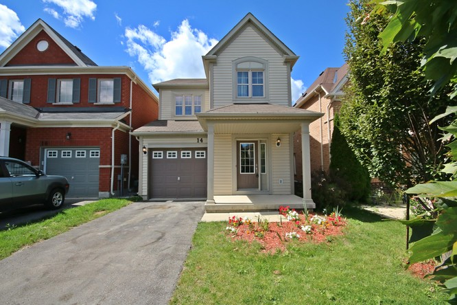 3BR Home for Sale on 14 Booth Street, Bradford