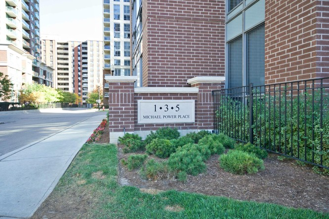 2BR Condo for Sale on 3 Michael Power Place #902, Toronto