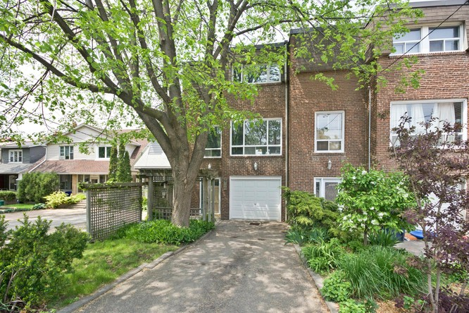 3BR Condo for Sale on 430 Kingston Road, Toronto