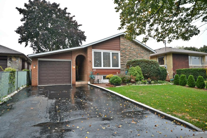 3BR Home for Sale on 110 Thicketwood Drive, Toronto