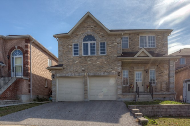4BR Home for Sale on 7 Black Ash Trail Trail, Barrie
