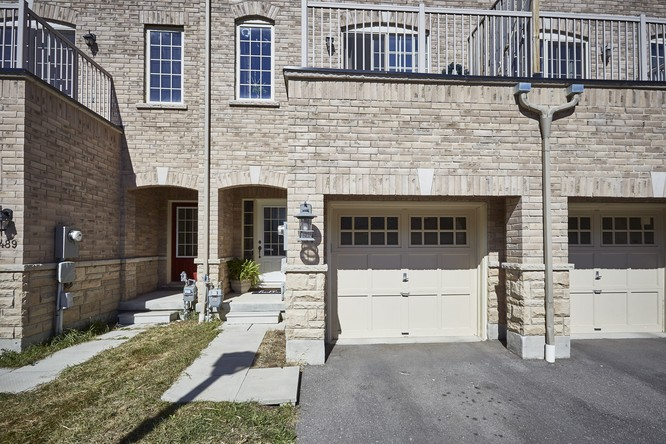 3BR Condo for Sale on 491 Rossland Road East, Ajax