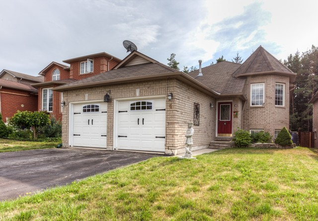 4BR Home for Sale on 4 Stunden Lane, Barrie