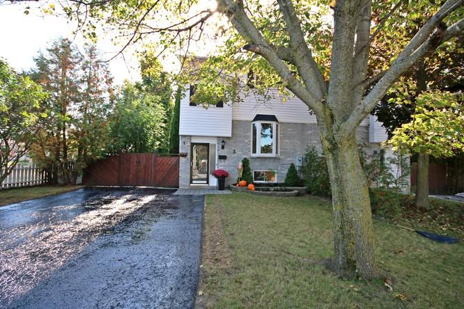3BR Home for Sale on 3 Hudson Crescent, Bradford