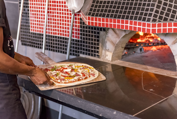 Start a Hotel - Pizza Franchise - Improve Pizza in Your Hotel photo 0