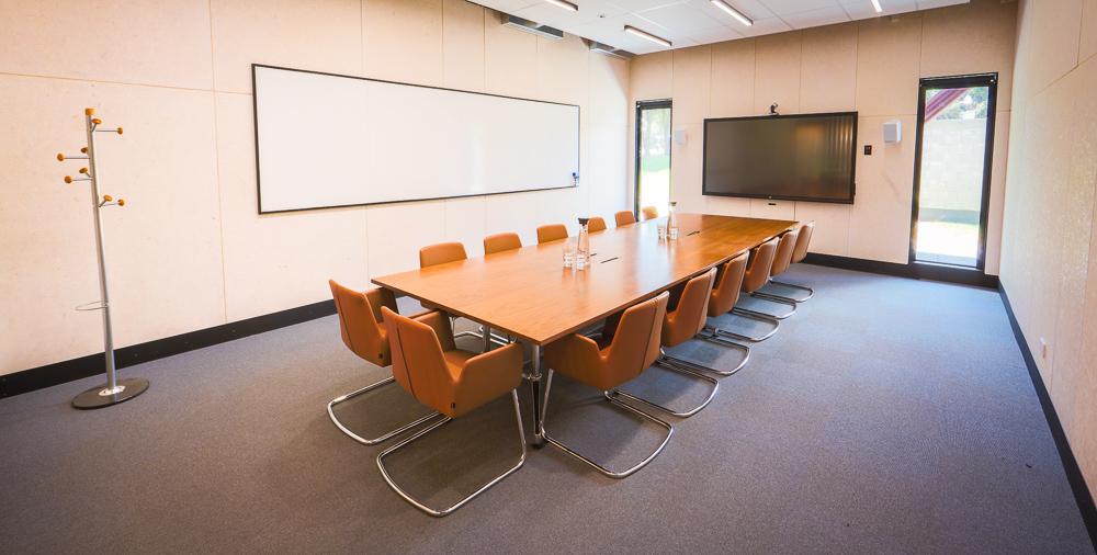 Smales Farm B:HIVE Boardroom photo 1