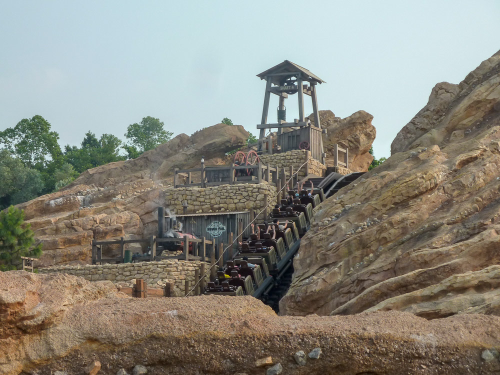 Photo of Big Grizzly Mountain Runaway Mine Cars
