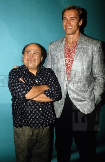 Arnold Schwarzenegger And Danny Devito The Hollywood Archive